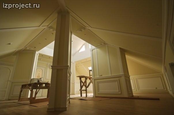 Интерьер мансарды в классическом стиле