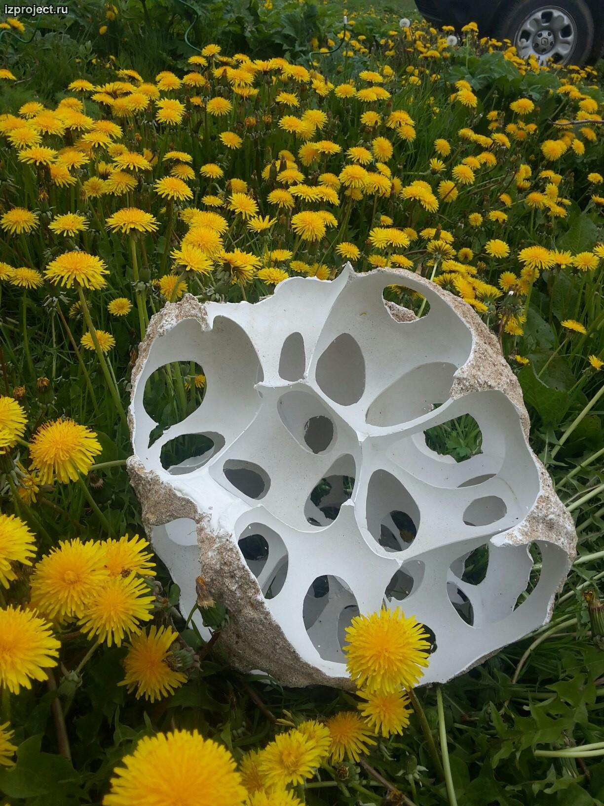 Современная бетонная скульптура